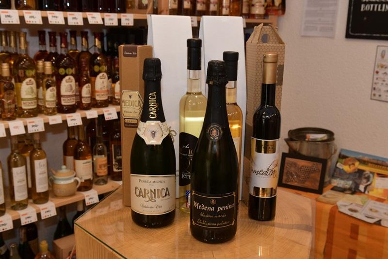 """Dny slovinské medoviny a """"šampaňského"""""""
