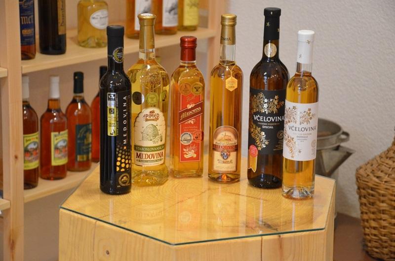 Řízená degustace světově oceněných medovin