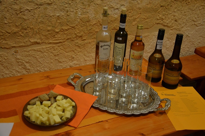 Tasting of Slovak mead in The Mead Museum