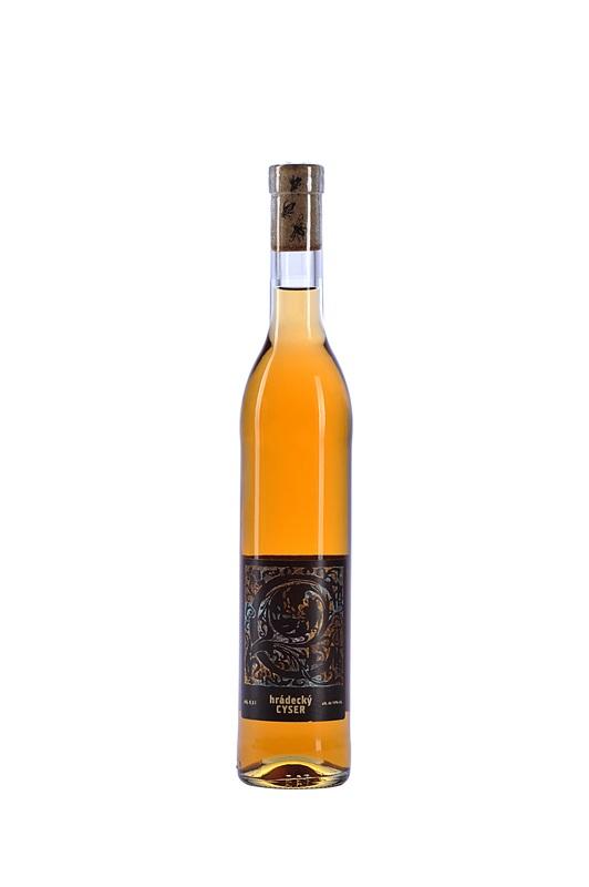 Vítězslav a Markéta Krejčovi: Hrádecký cyser (jablečná medovina)