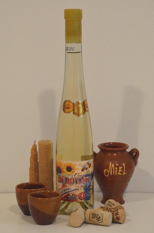JANKAR PROFI, s.r.o.: Medovinka z medu slunečnicového