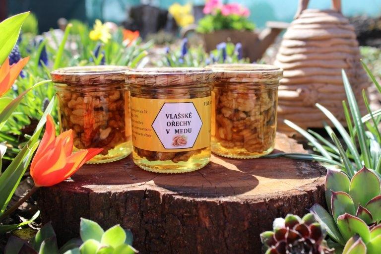 Kurtin s.r.o.: Vlašské ořechy v medu